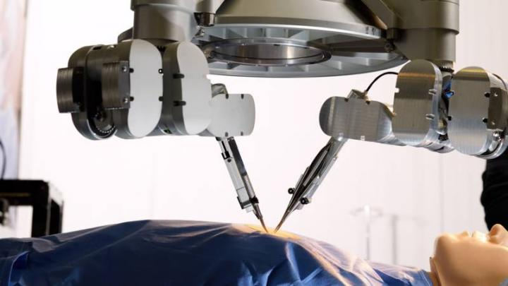Super-microsurgery Robot
