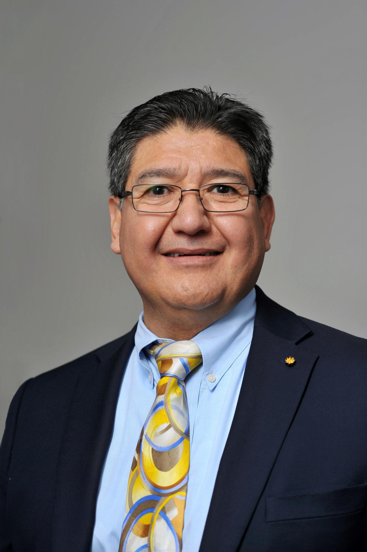 Gil Herrera