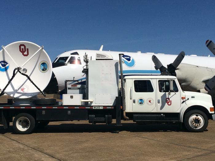 OU SMART radar with the NOAA P3 hurricane hunter