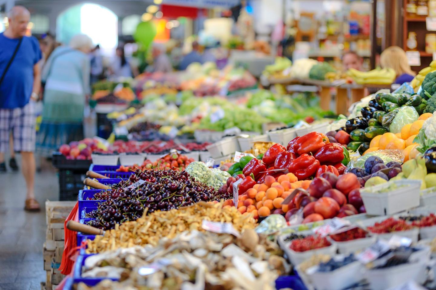 Healthy Food in a Marketplace