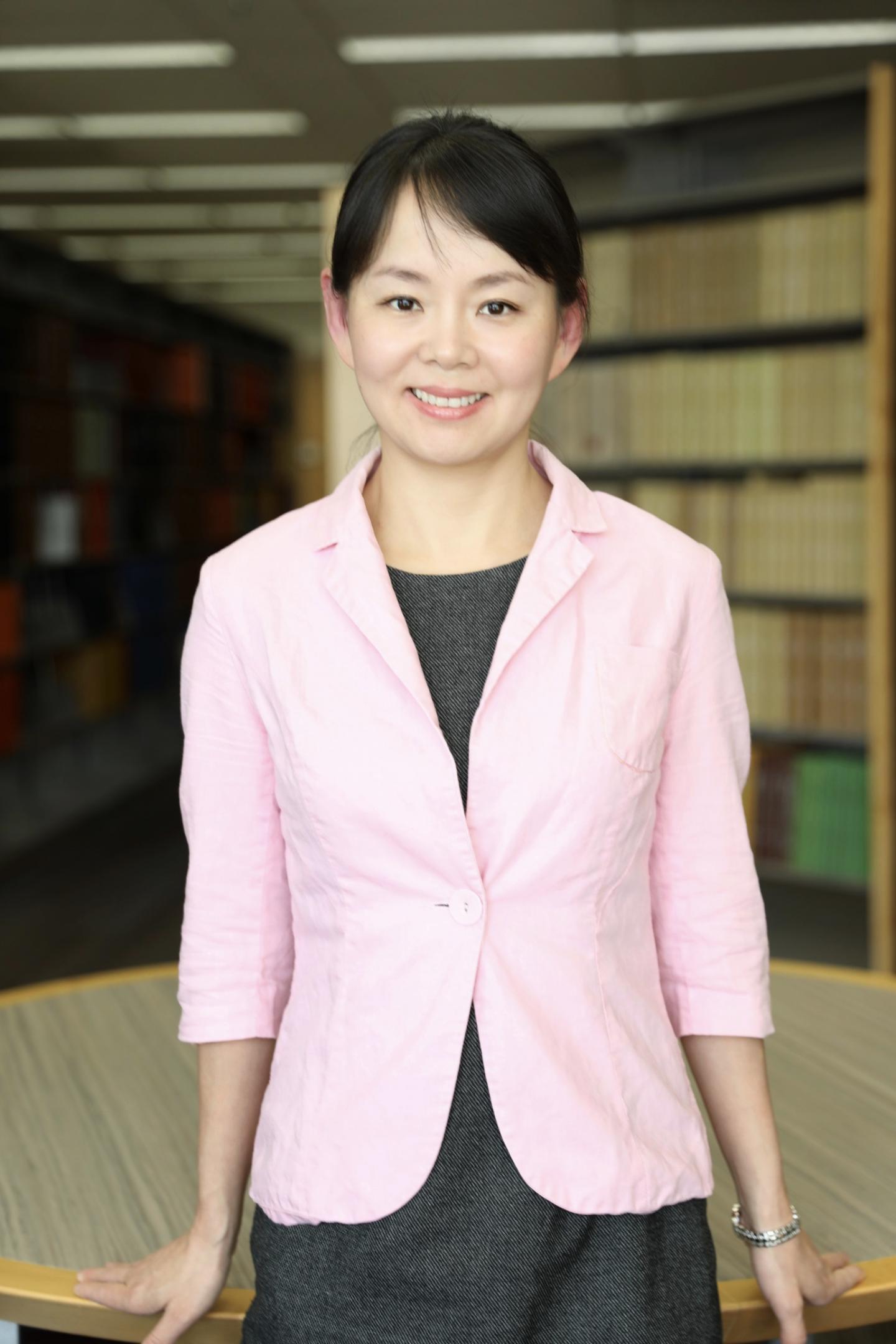 Dr. Alicia Hong