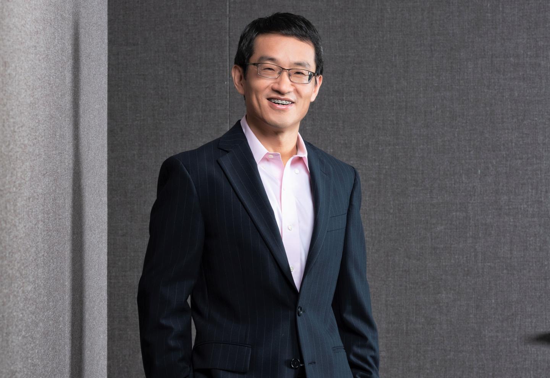 SMU Professor Qiang Cheng