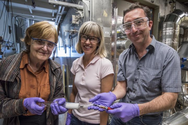 Lara Gundel, Marion Russell, Hugo Destaillats, DOE/Lawrence Berkeley National Laboratory