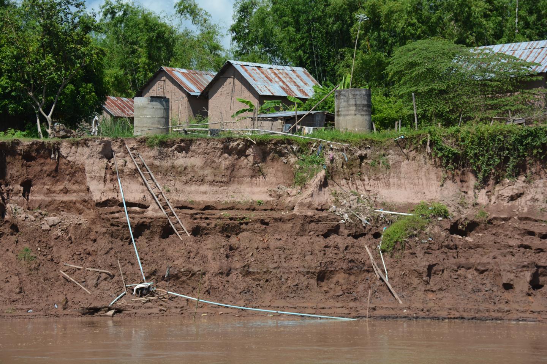 Mekong River Bank Collapse (2 of 2)