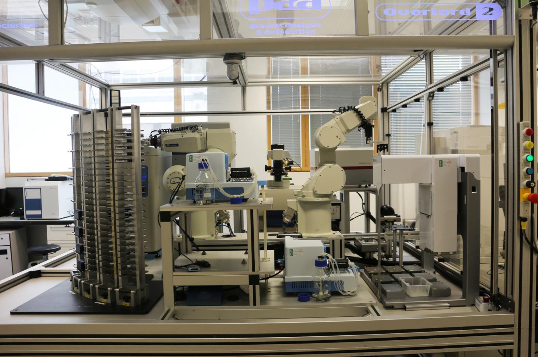 Robot Scientist 'Eve'