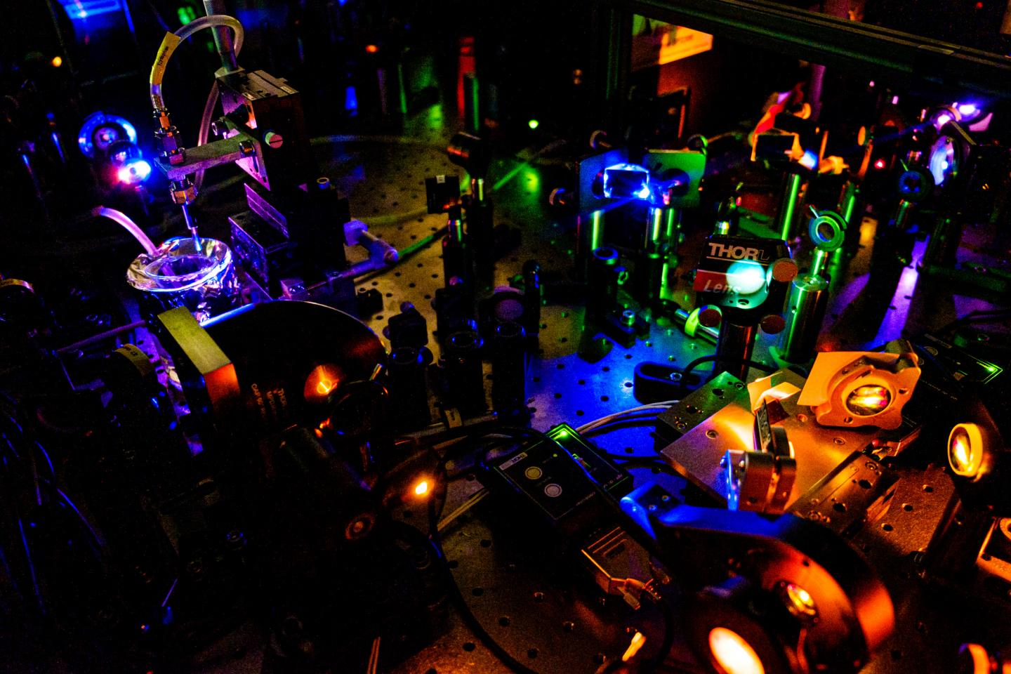 NTU Experiments Conducted on Tabletop Laser Equipment for Fundamental Chemistry
