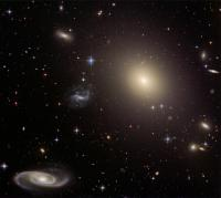 Lensing Galaxy ESO 325-G004