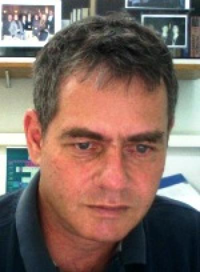 Professor Moshe Kol, Tel Aviv University