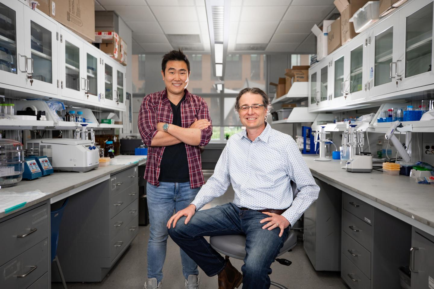 Ramon Sun and Matt Gentry collaborated with other researchers to discover an additional type of sugar in the brain.