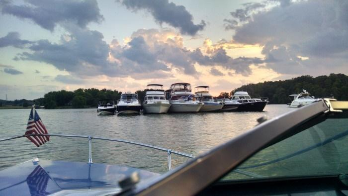 Boating on a TVA lake