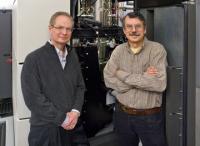Paul Alivisatos, Lawrence Berkely National Laboratory and Alex Zettl, UC Berkeley