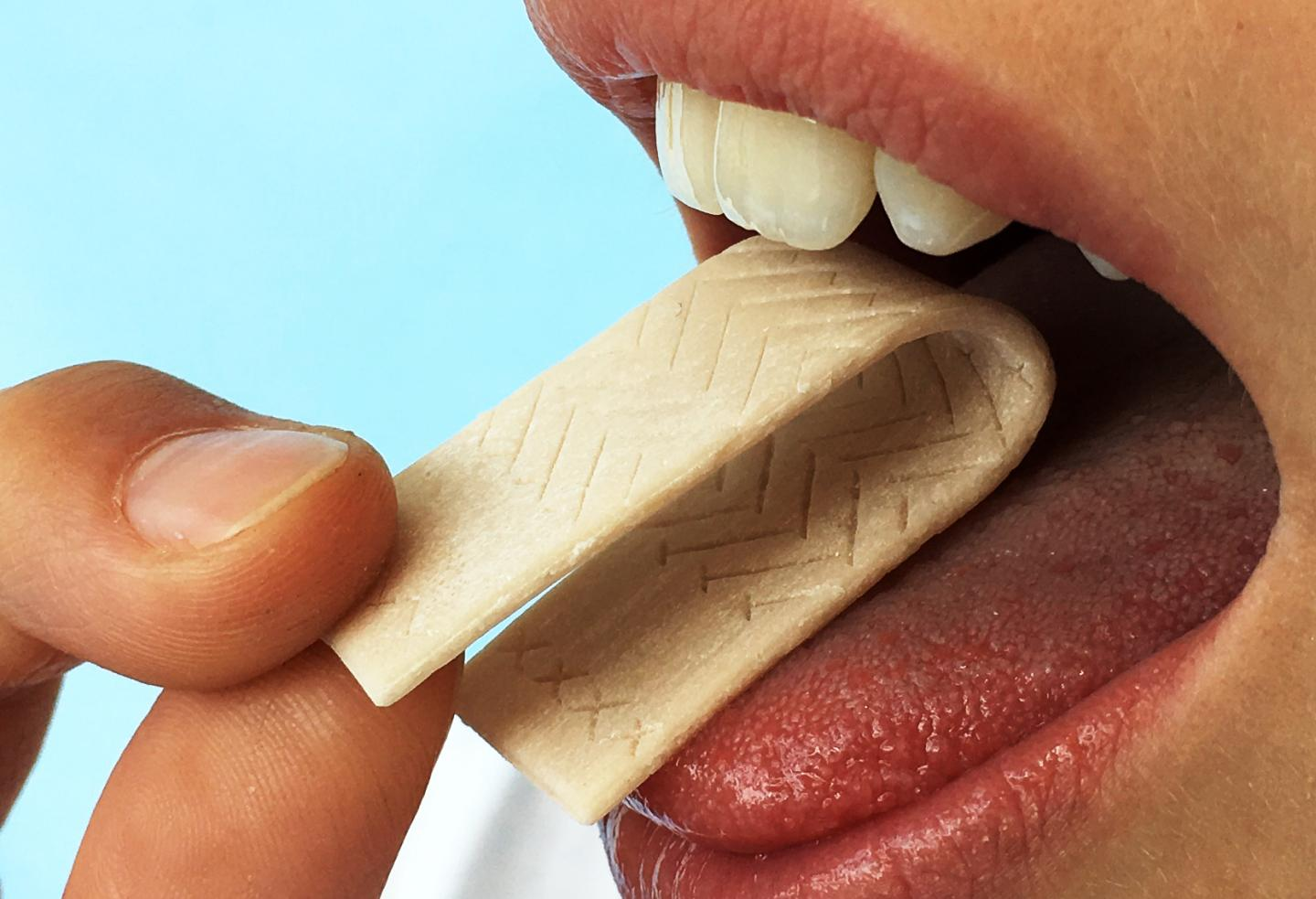 Chewing gum to screen for oral inflammation