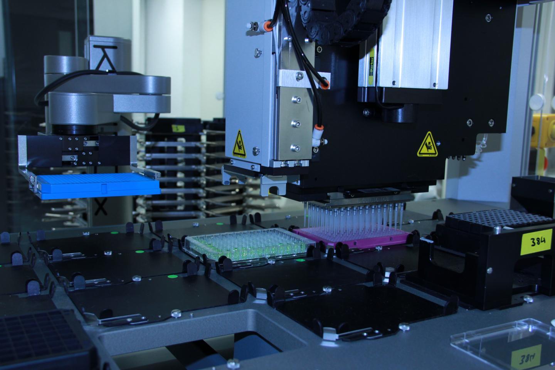 Integrated Robotic Workstation Used at EPFL's Biomolecular Screening Facility