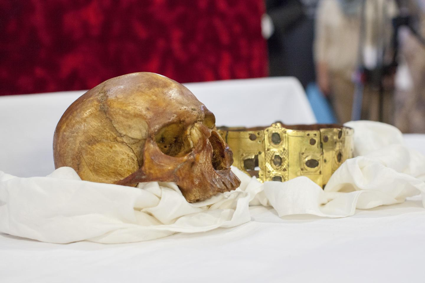The Scull and Crown of Saint Erik