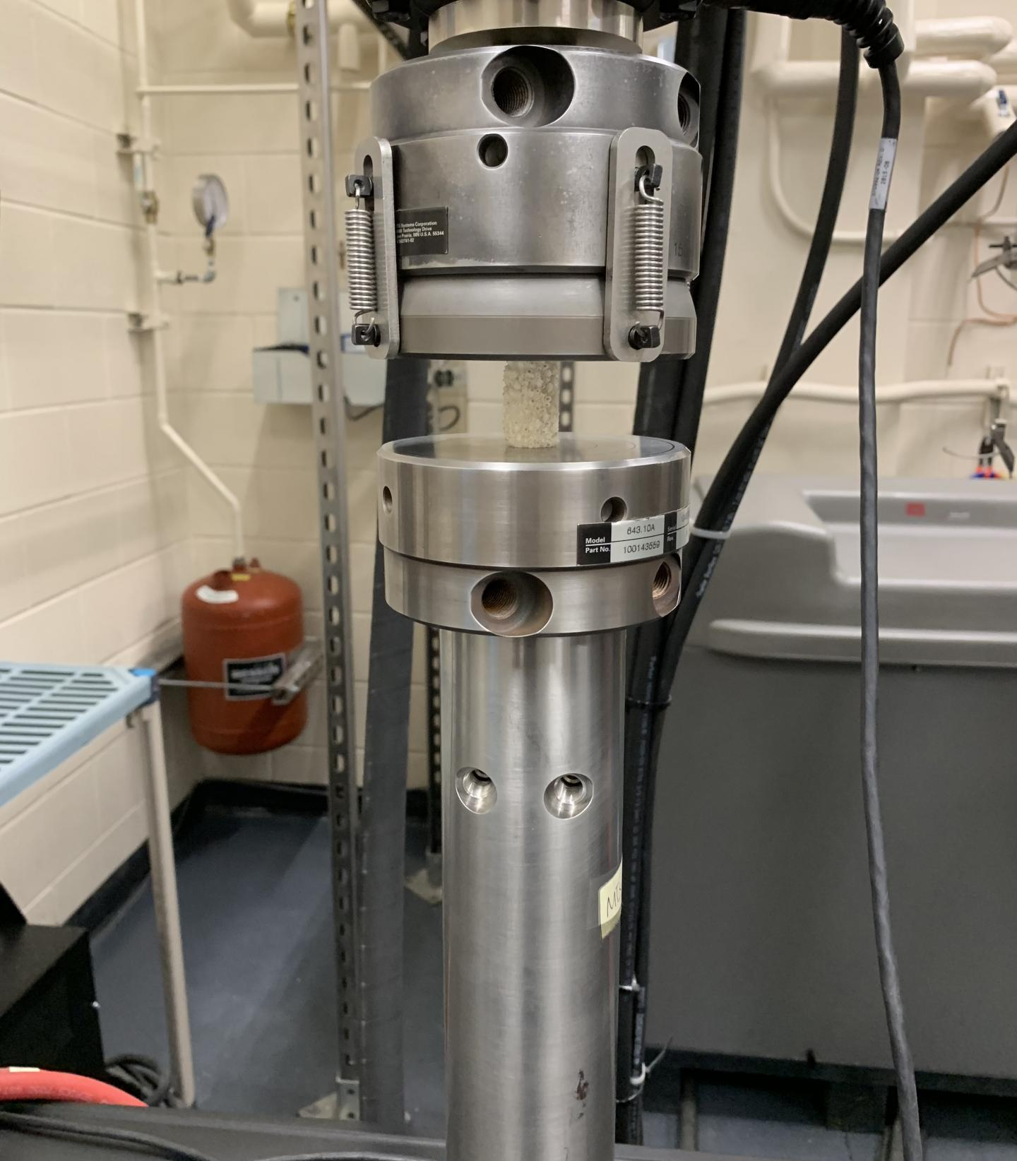uniaxial_compression_test