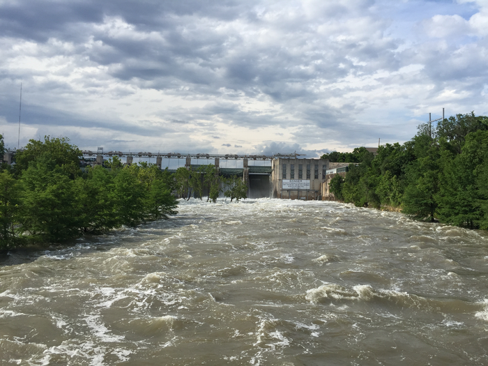 Austin's Tom Miller Dam during 2018 flooding.