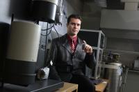 Student Inventor Tackles Challenge of Hydrogen Storage (2 of 2)