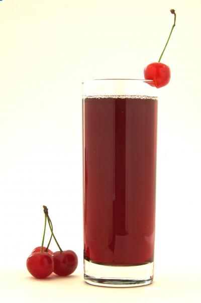 Tart Cherry Juice Increases Sleep Time in Adults with Insomnia