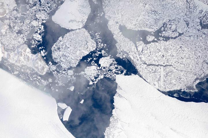 NASA Flights Map Summer Melt of Greenland Land Ice