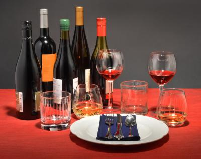 Size, Shape and Color of Wine Glass Affect How Much You Pour