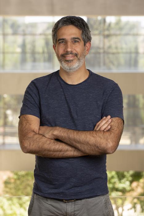 Hebrew U's Prof. Aviv Mezer