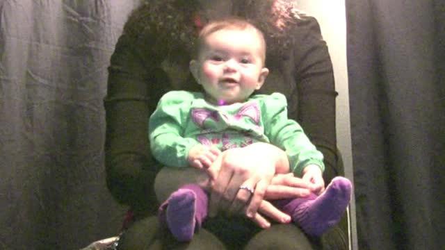Infants Recognize Vowel-Like Sounds