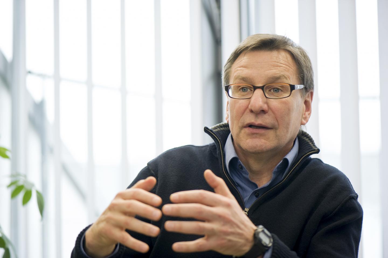 Prof. Stanley Riddell, University of Washington