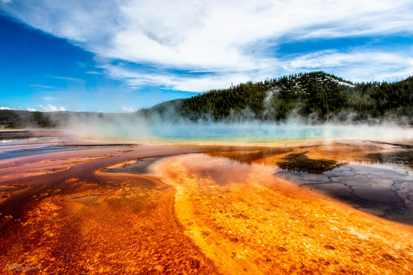 Some Scientists Believe Life Formed in Thermal Pools like Those in Yellowstone National Park