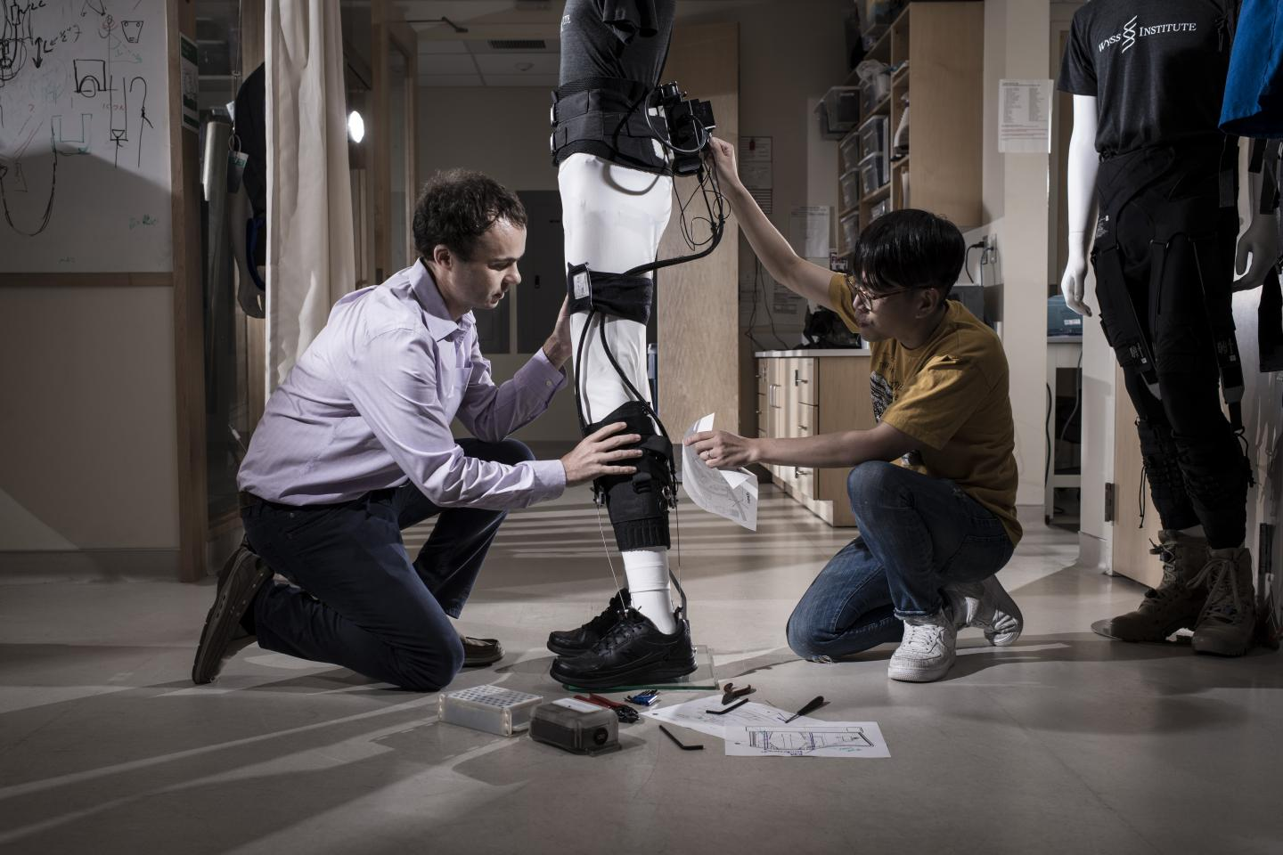 Wyss Institute's Ankle-Assisting Soft Wearable Exosuit