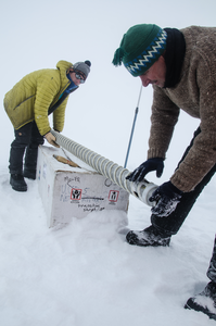 Drilling ice cores on the Greenland Ice Sheet