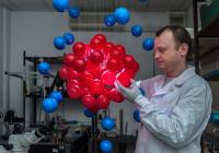 Chemical Matrices of Oscillating Droplets