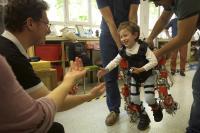 Child-Exoskeleton 2