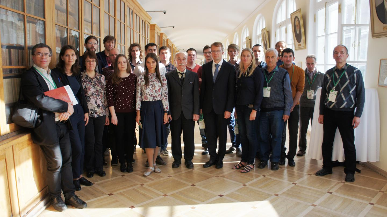 The staff of the Uraltsev Spin Optics Laboratory at St Petersburg University