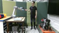 Context-aware robot co-worker