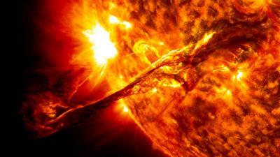 On Aug. 31, 2012, a Giant Prominence on the Sun Erupted