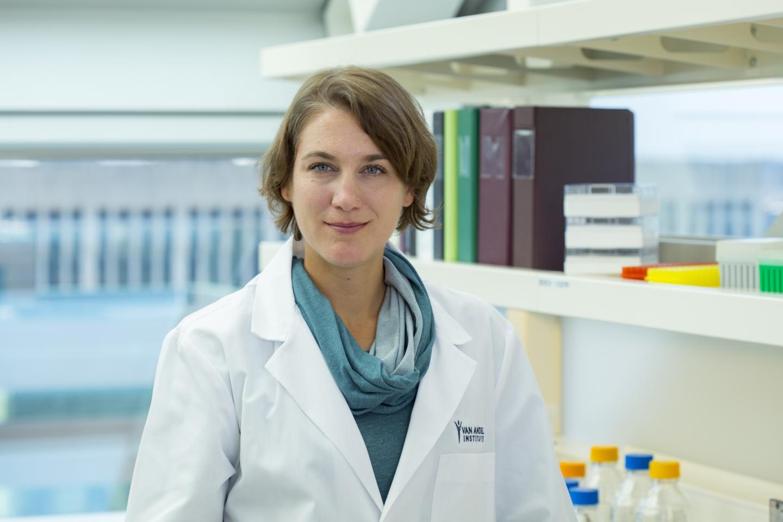 Dr. Viviane Labrie