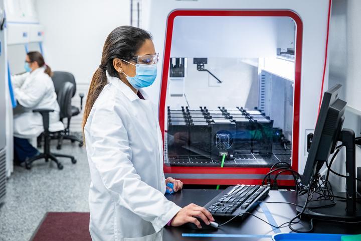 COVID-19 PCR lab