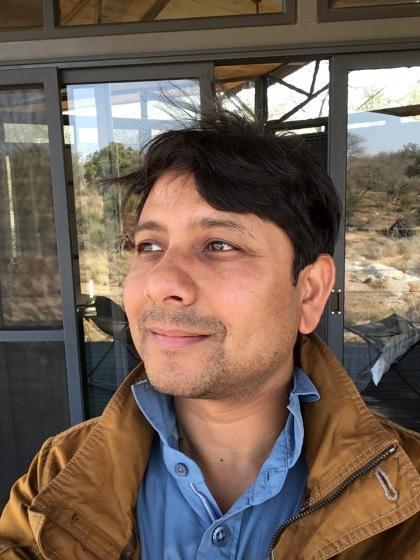 Prof dr Anapum Mazumdar