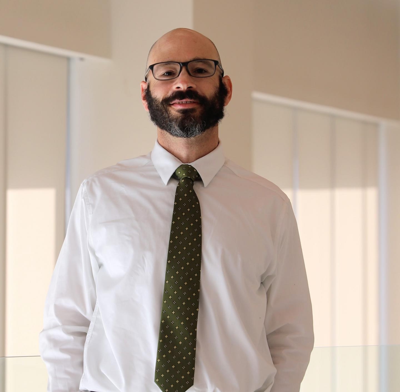 Dr. Michael Bloom