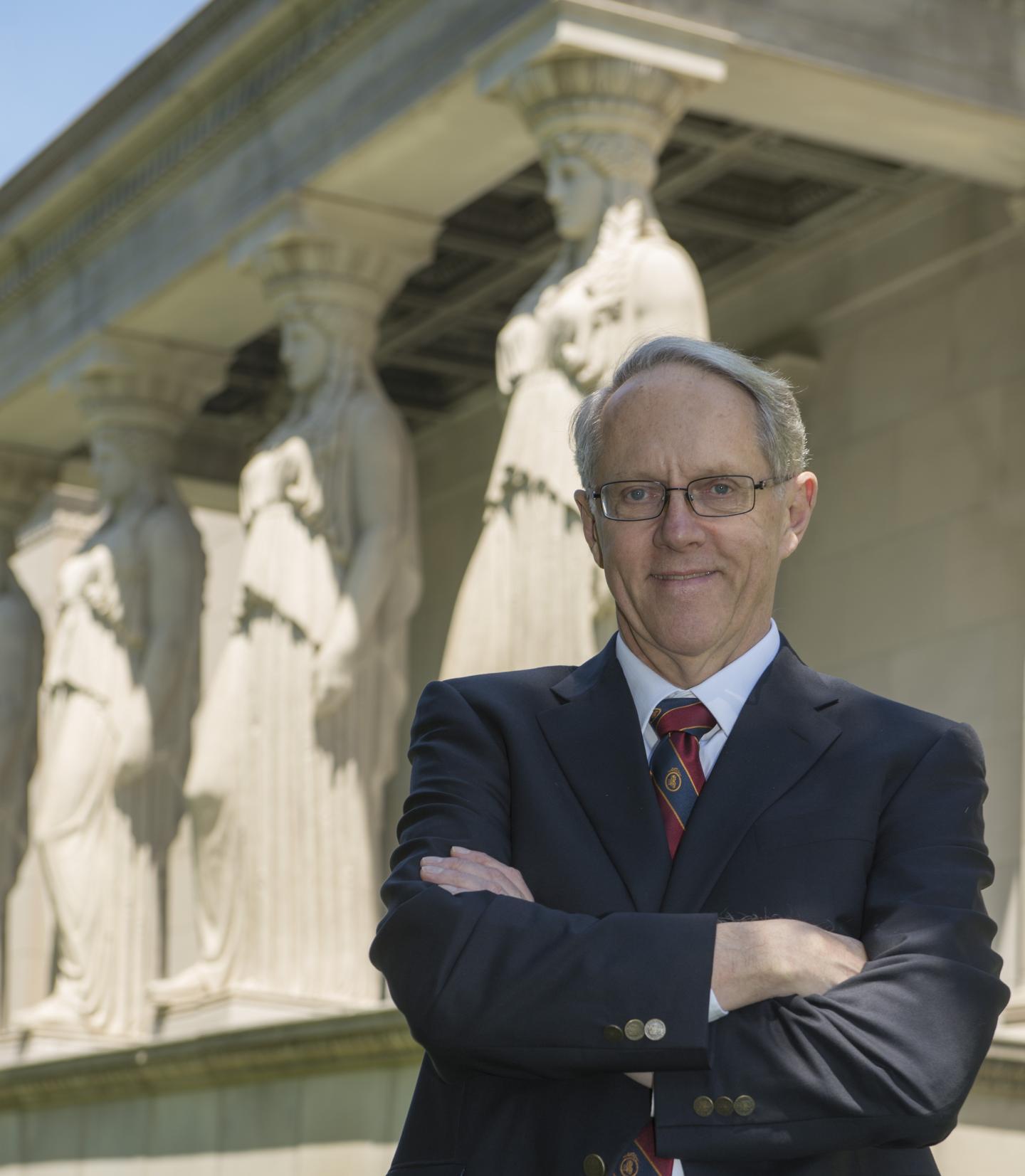 Author Describes the Intellectual Terrain of Statistics