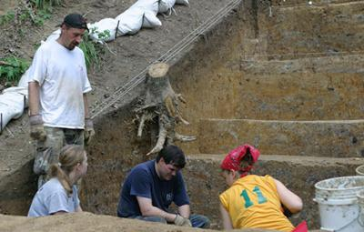 Poverty Point Excavation (1 of 2)