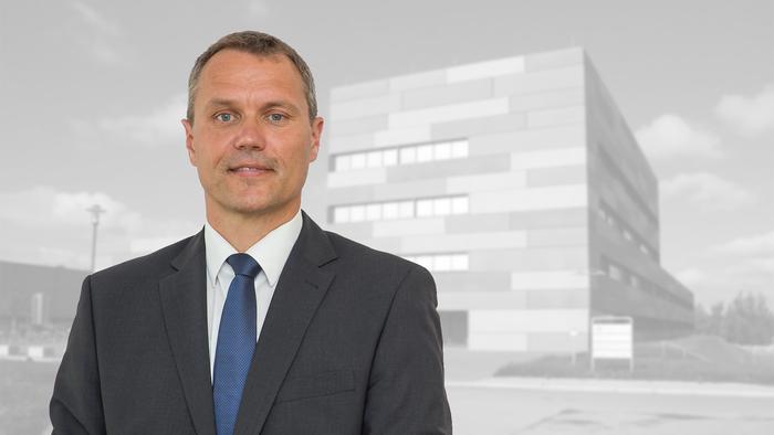 Prof. Dr. Christoph Tegenkamp