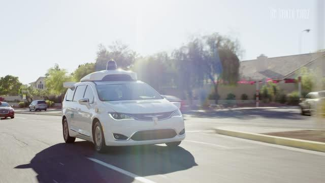 Mean Streets: Self-Driving Cars 'Create Havoc' as they Avoid Paying for Parking