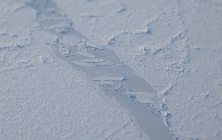 Laser Precision: NASA Flights, Satellite Align Over Sea Ice