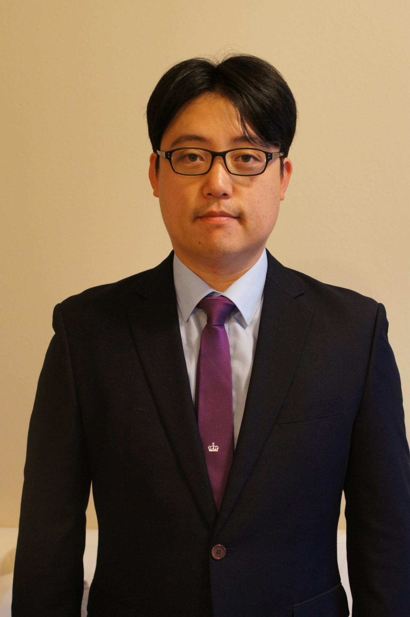 Gene Moo Lee, University of Texas at Arlington