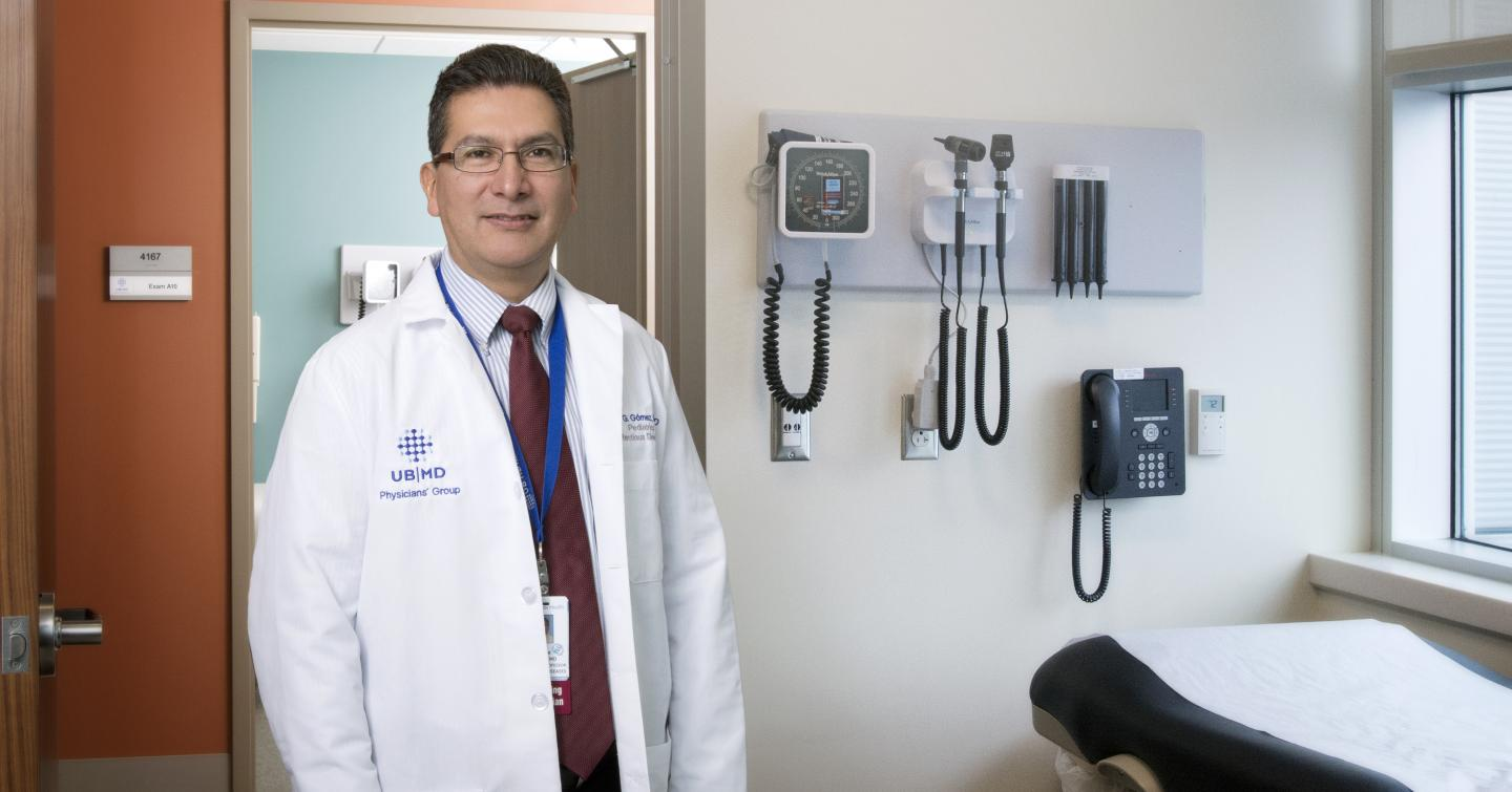 Oscar Gomez-Duarte of the Jacobs School of Medicine and Biomedical Sciences at UB