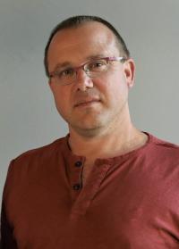 Prof. Ran Barkai