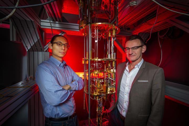 Dr Henry Yang and Professor Andrew Dzurak, UNSW Sydney.