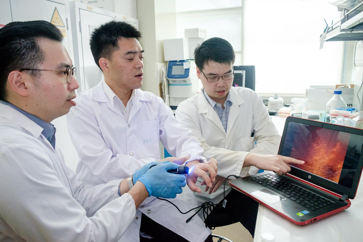 NTU Scientists use NanoFlares to Detect if There are Abnormal Scarring in Skin Cells
