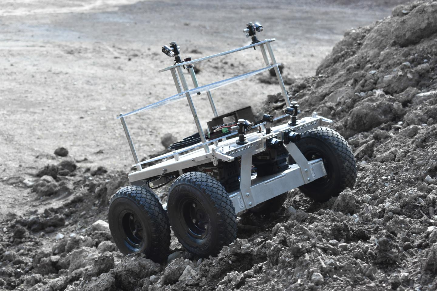MoonRanger Rover Will Search for Ice on Moon